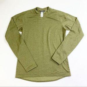 Patagonia men's long sleeve layer shirt